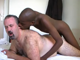 Ricachón de turismo sexual en África