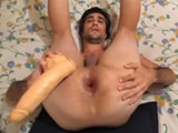 Abusando de la masturbacion anal