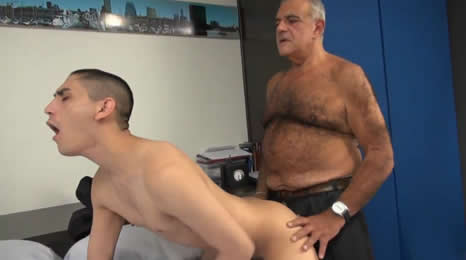 Así fue como su padre lo castigó, ¿que te parece?