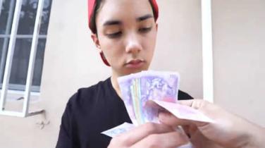 latino borracho dinero