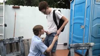 Follando con su primo al salir de clase