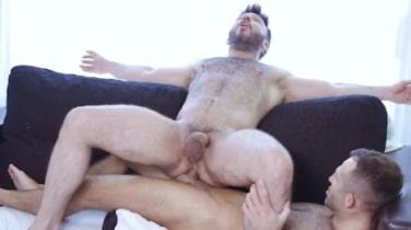 machos follando